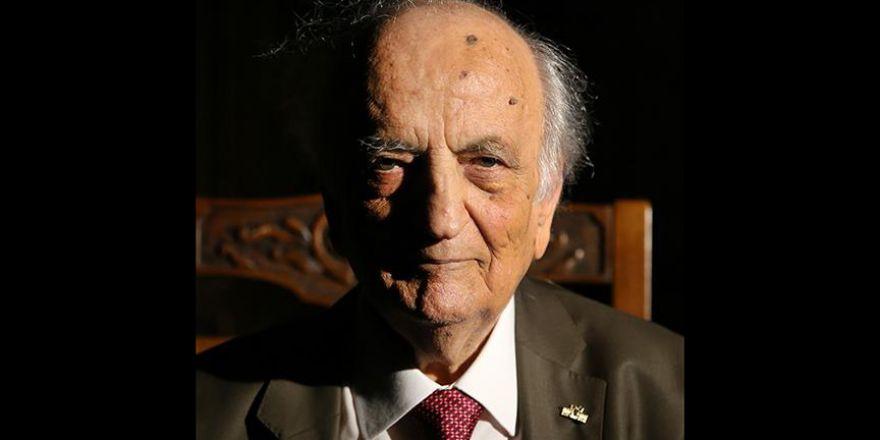 Prof. Dr. Sezgin: Sadece Allah'a inanacaksın başka hiçbir şeye değil